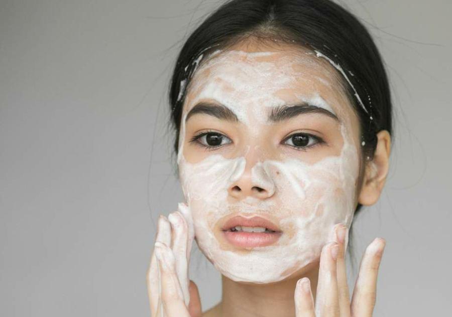 پاک کردن پوست از چربی