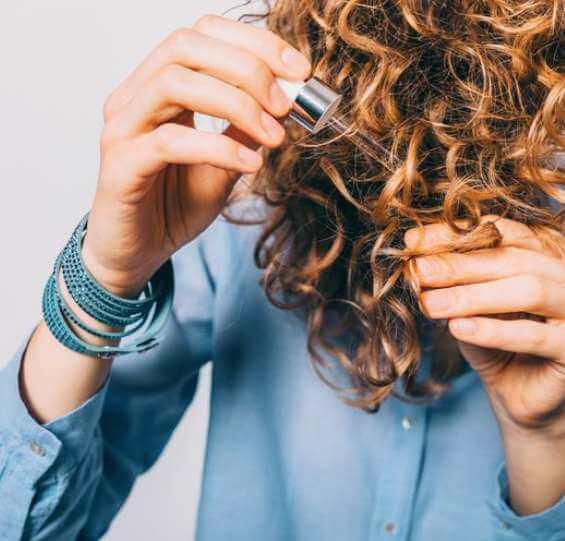 تاثیر روغن شترمرغ برای سلامت پوست و مو