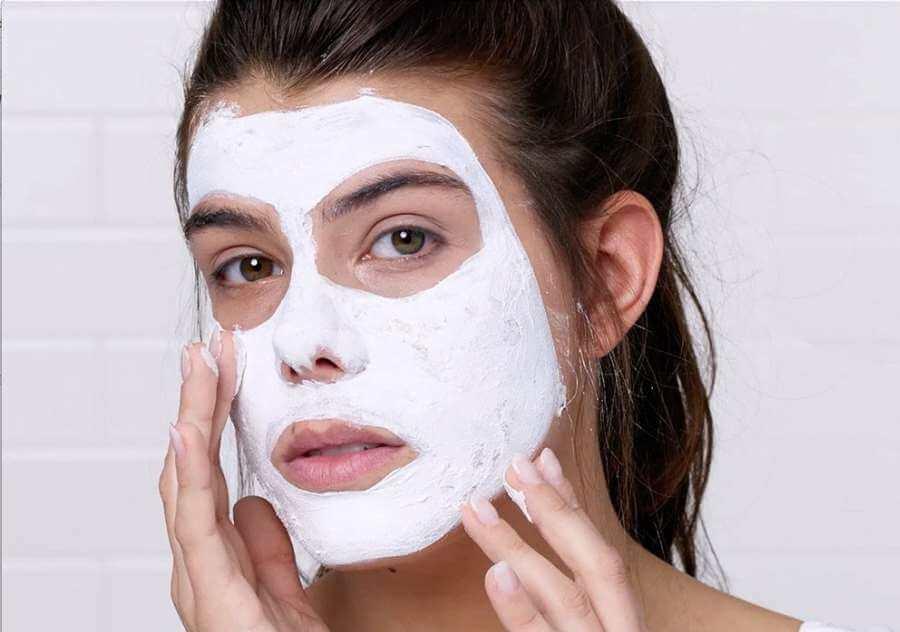 لایه برداری پوست صورت با بهترین ماسک لایه بردار خانگی