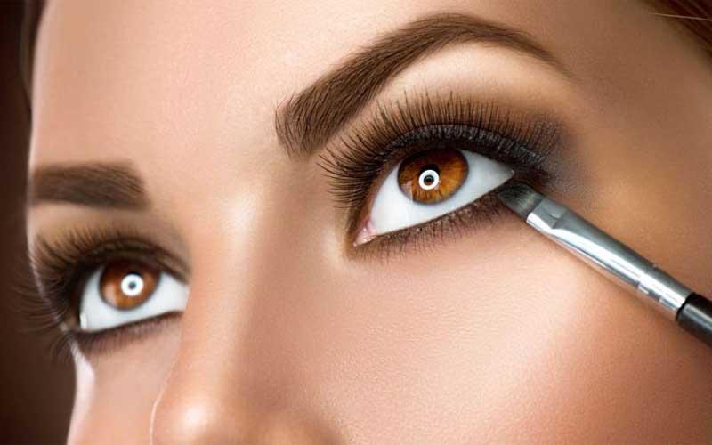 اشتباهات رایج در آرایش چشم ریز