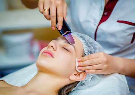 فیشیال تخصصی با دستگاه اتو صورت