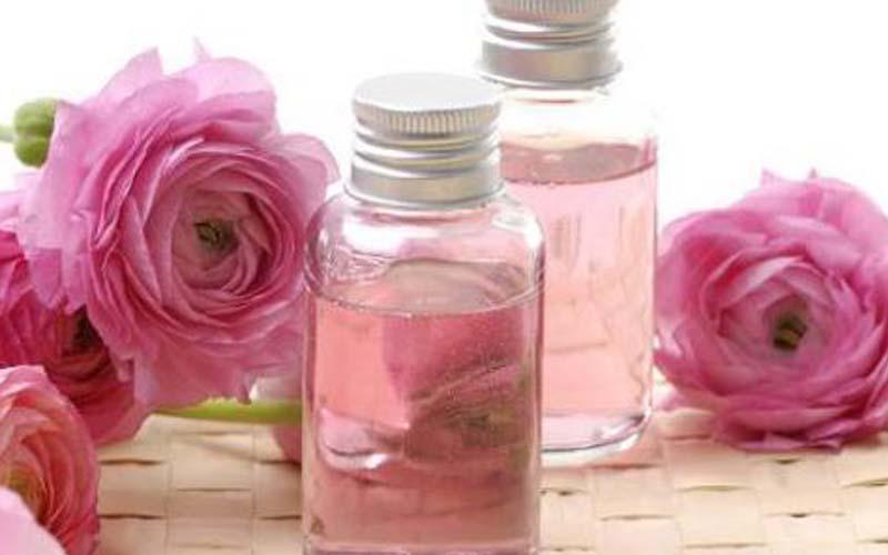 پاککننده آرایش با روغن جوجوبا و گلاب