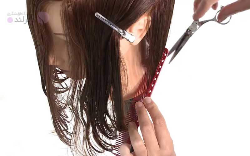 کوتاه کردن موها به صورت مورب تا بالای گوش
