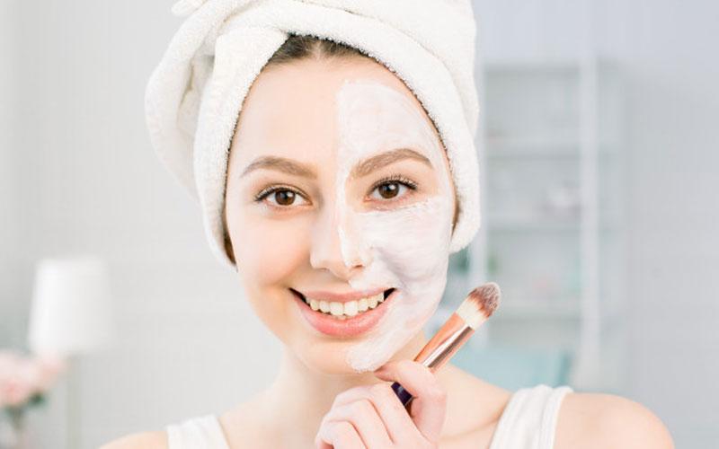 پاکسازی پوست در منزل بدون هزینه