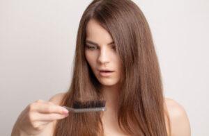 علت ریزش مو شدید و ناگهانی