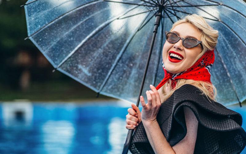 نکات آرایش مخصوص روز های بارانی