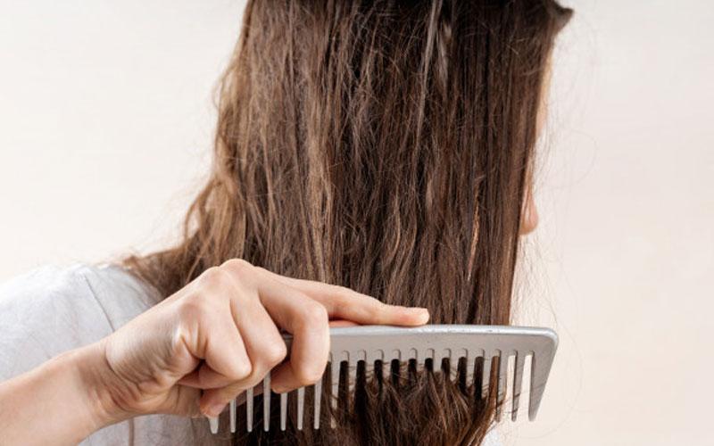 کمبود ویتامین و ریزش مو