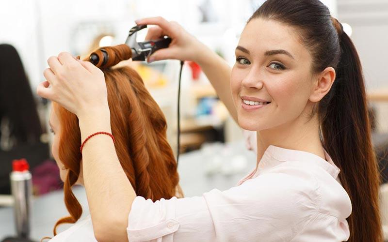 مدرک فنی حرفه ای آرایشگری