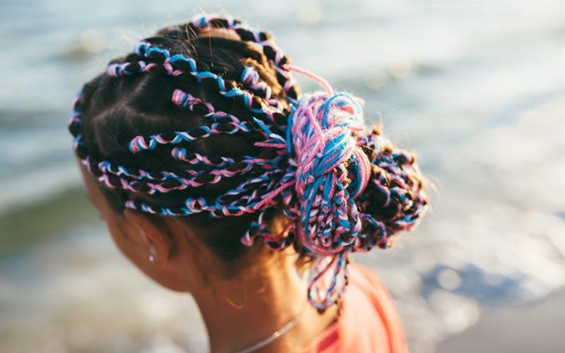 آموزش بافت مو با کاموای رنگی