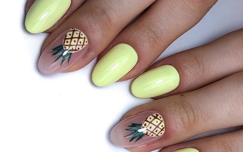 طرح آناناس روی ناخن