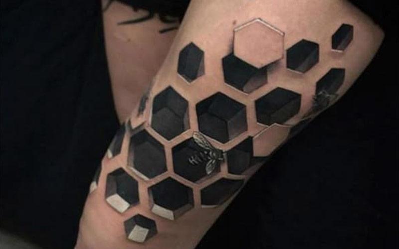 تاتو سه بعدی لانه زنبور