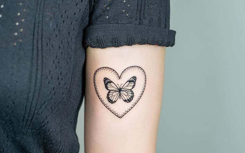 تاتو قلب و پروانه