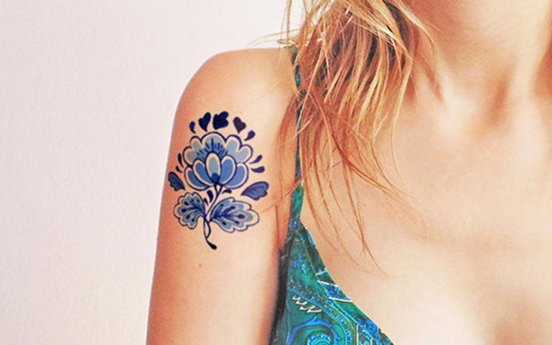 طرح تاتو گل آبی