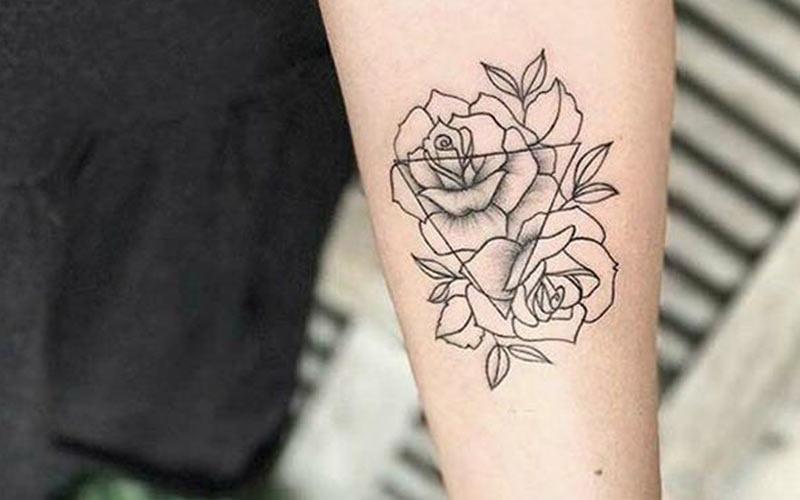 طرح تاتو مینیمال گل رز