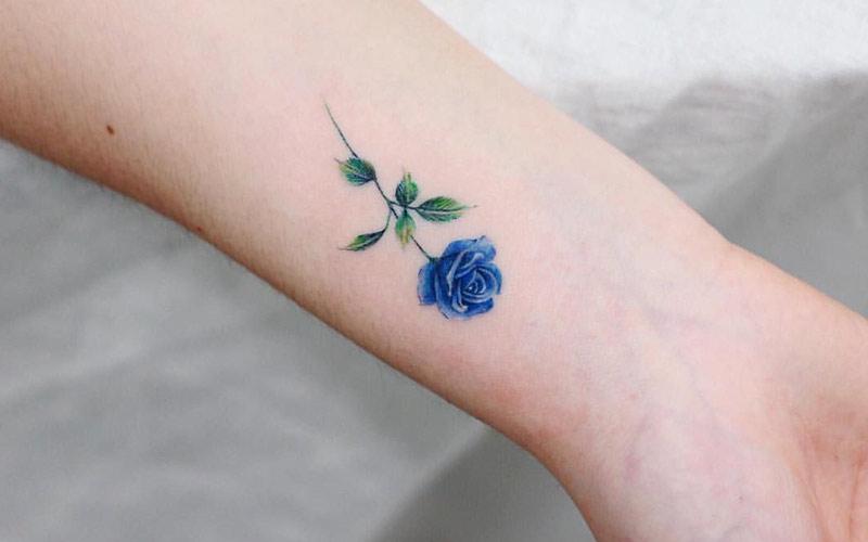 ایده طراحی تتو گل آبی