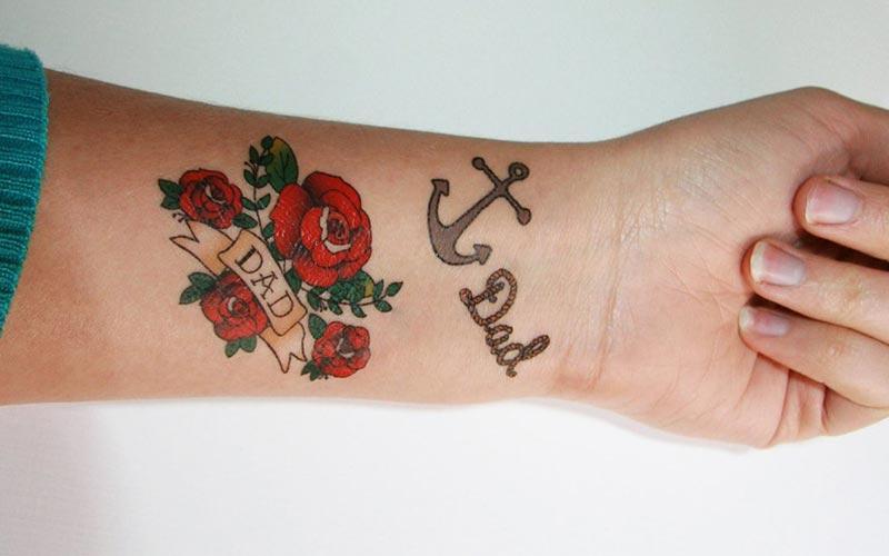 تاتو گل رز روی مچ دست
