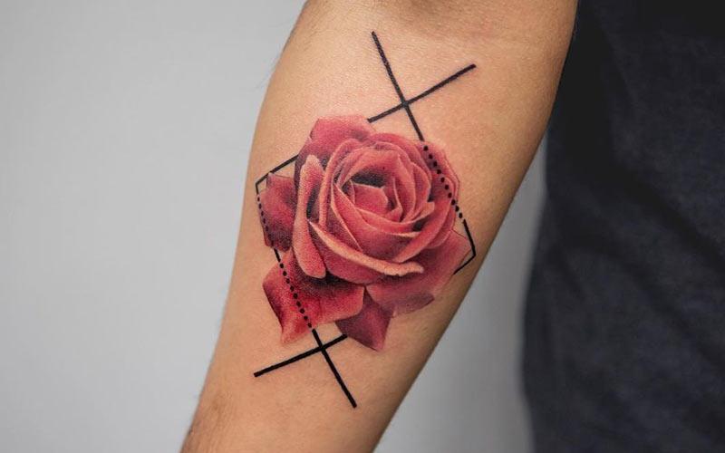 طرح تاتو گل روی دست