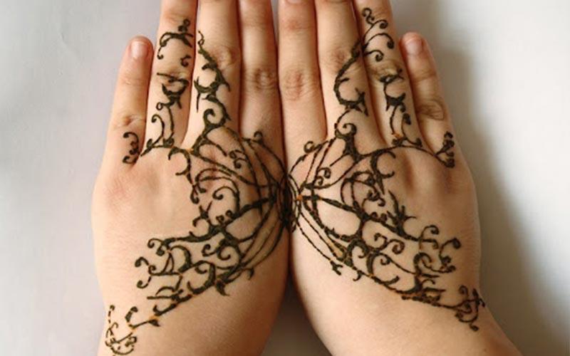 طرح حنا ظریف روی دست