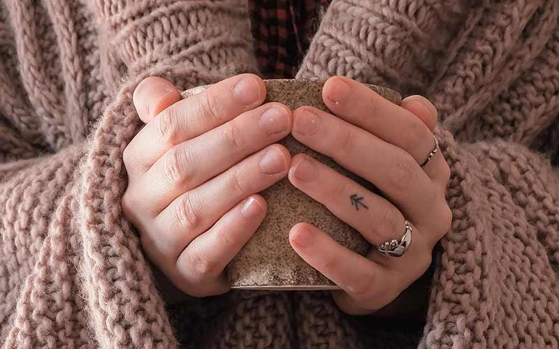 تاتو روی انگشت دست