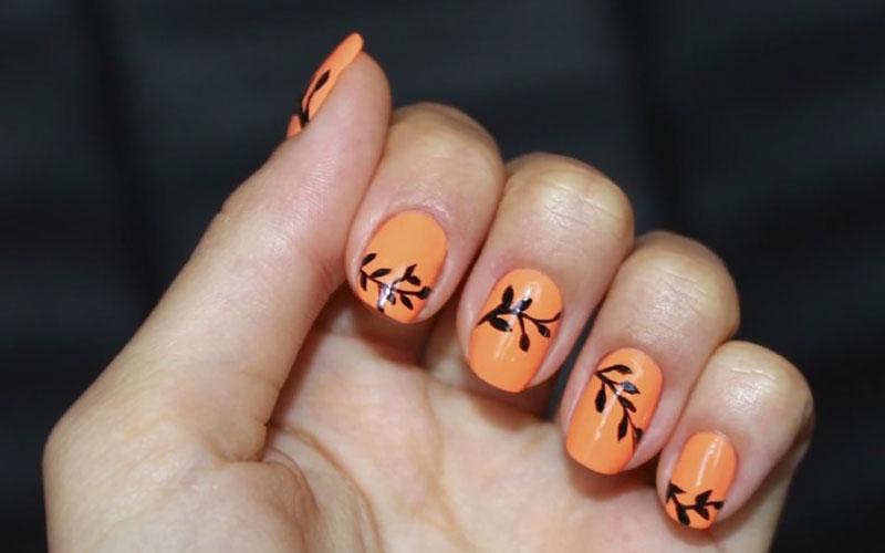 کاشت ناخن پاییز