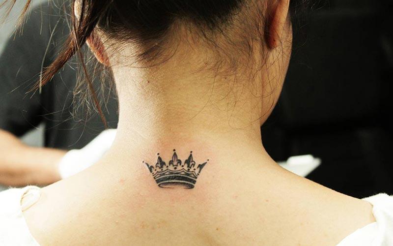 طرح تاتو تاج ملکه