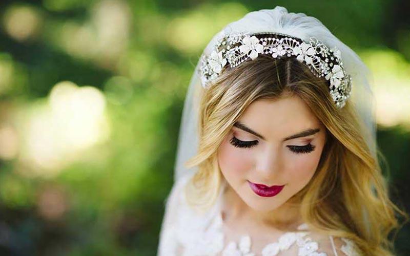 شینیون ساده و باز عروس