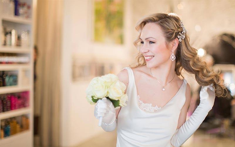 شینیون موهای باز عروس
