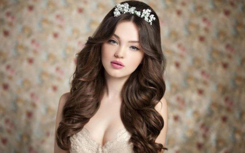 مدل شینیون باز موهای پرپشت