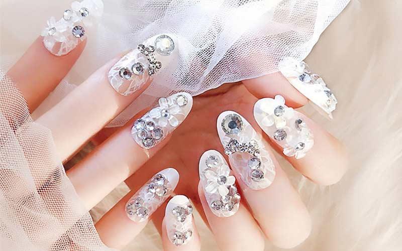طراحی ناخن عروس حرفه ای