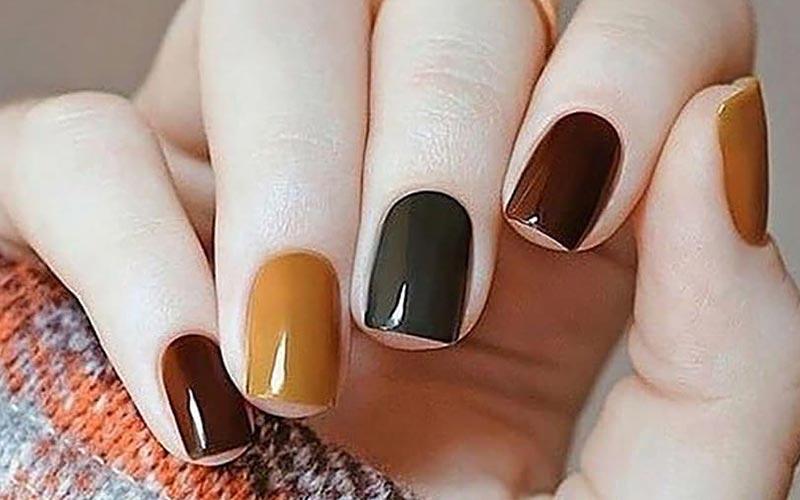 طرح ناخن پاییزی چند رنگ