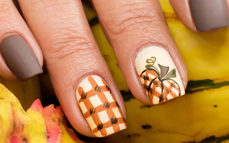 ناخن چهارخونه پاییزی