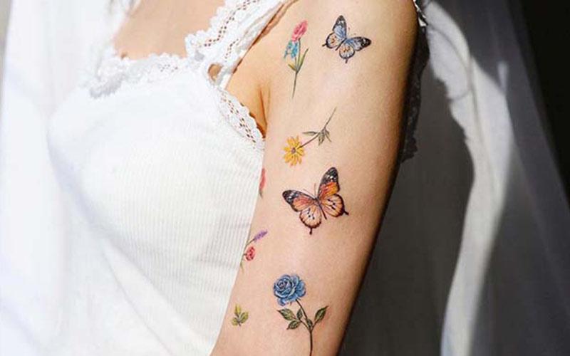 طرح تاتو پروانه و گل