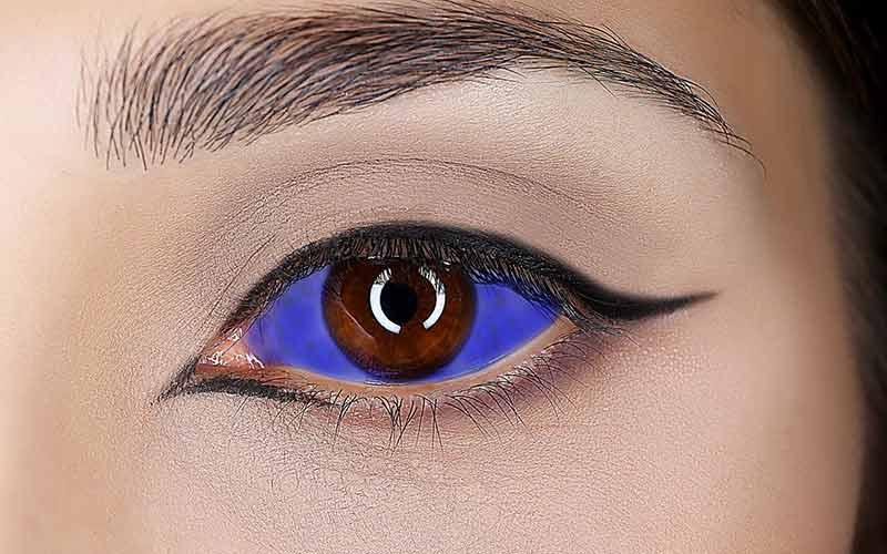 خطرات تاتو داخل چشم