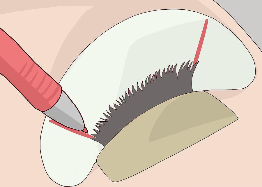 کشیدن خطوط زاویه دار در گوشه داخلی و خارجی چشم