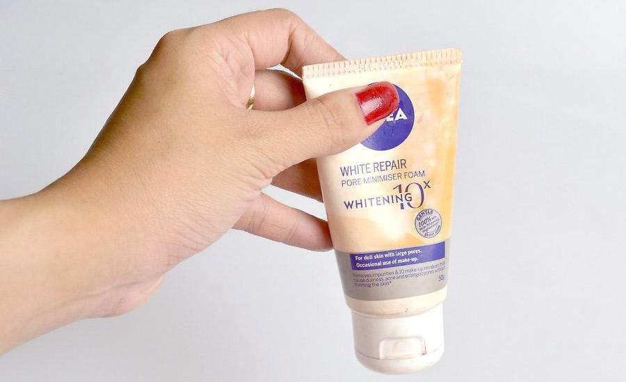آماده کردن صورت و استفاده از پرایمر جهت آرایش برای محل کار