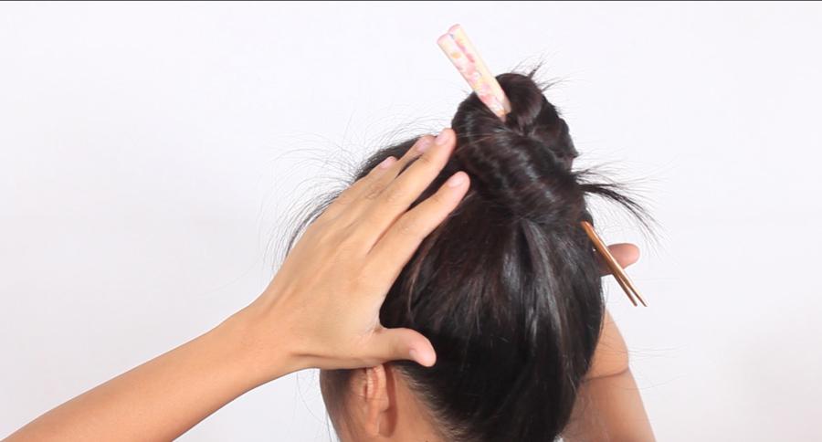 پیچیدن مو با چاپستیک