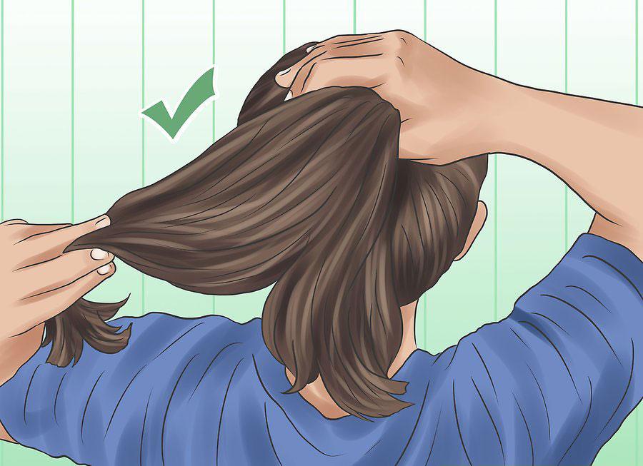 جمع کردن موها به شکل دم اسبی
