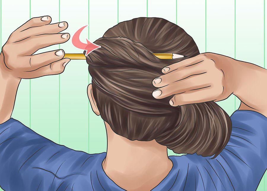 قرار دادن مداد به صورت افقی بالای سر