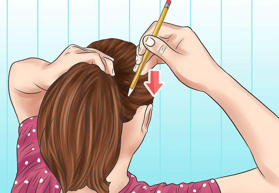 فرو بردن بخش تیز مداد