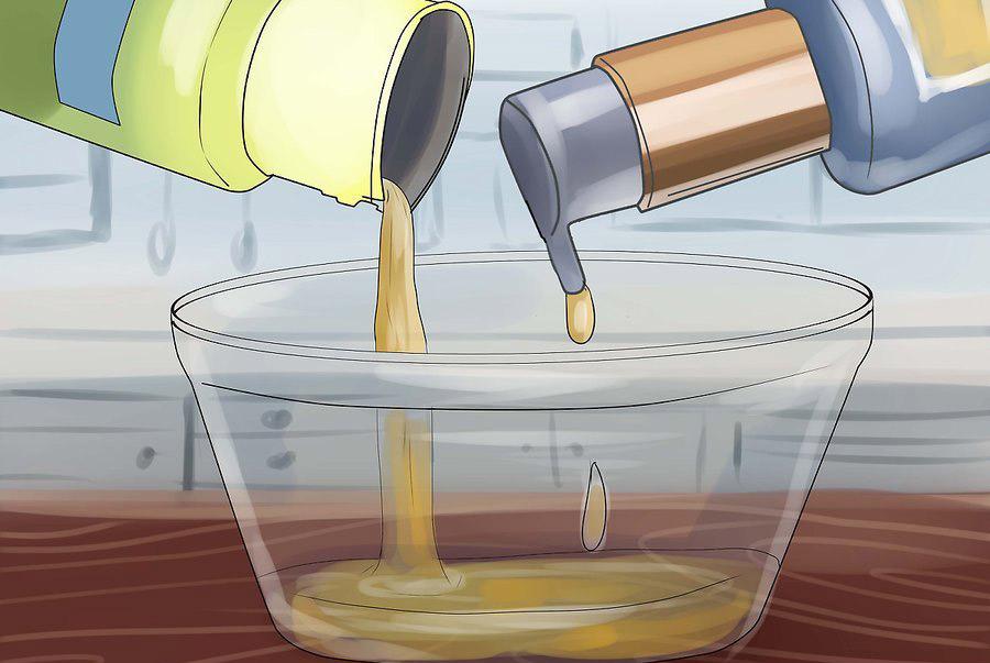 کمی شوینده یا صابون ظرفشویی اضافه کنید