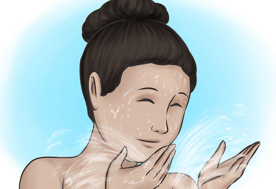 شستشوی صورت با آب گرم