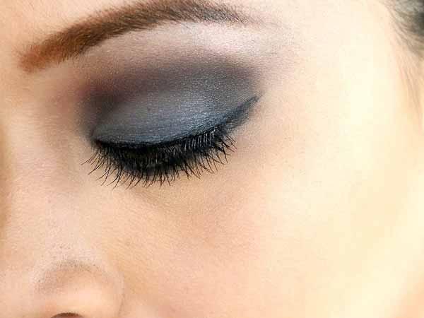 استفاده از سایه خاکستری و نقره ای